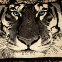customer-crochet-art cheryls gray tiger
